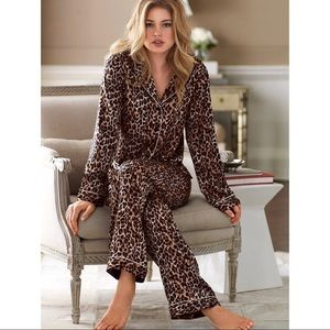 Victoria's Secret Cheetah Print Pajama Set